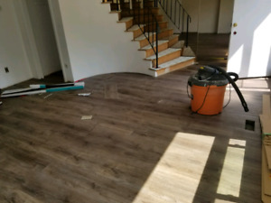 looking for flooring sidejobs