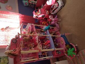 Barbie lot