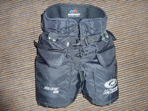 McKenney Pro Spec 370 Goal Pants Size Junior Small