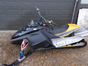 **Reduced** 2004 Skidoo Renegade MXZ