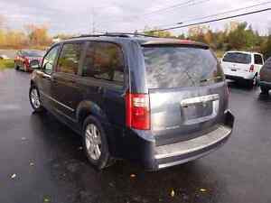 2008 dodge caravan dvd loaded  certified etested  Belleville Belleville Area image 3