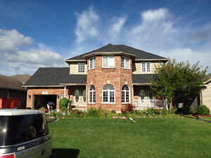 Free Estimates: Full roof Replacement and roof repairs Kitchener / Waterloo Kitchener Area image 1