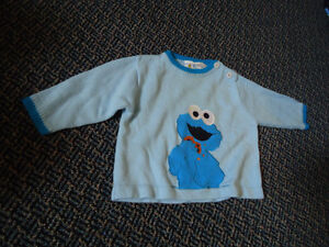 Boys Size 24 Months Cookie Monster Sweater Kingston Kingston Area image 1