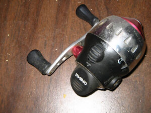 FOR SALE- FISHING REEL