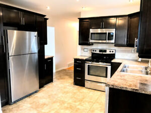 All INCLUSIVE, main flr, 3 bd home in gorgeous Rosedale area