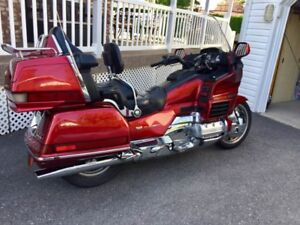 GOLDWING 1500 SUPER CLEAN  ACEPTERAIS ÉCHANGE