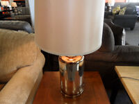 ASHLEY FURNITURE QUENTERIA GLASS TABLE LAMPS (6163076)