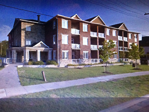 New beautiful condo for rent in the heart of Ancaster!!