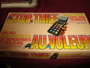 Stop Thief Vintage Electronic Cops & Robbers Board Game--1979