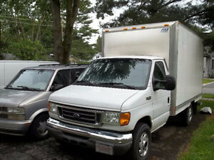 2005 Ford E-Series Van E450 14 foot box