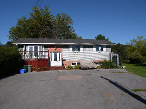 Kingston West Elevated Bungalow w finished lower level