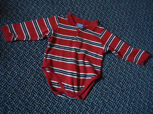Boys Size 24 Months Long Sleeve Onesie by ***Children's Place***