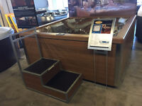 JACUZZI ANCASTER - FLOOR MODEL CLEARANCE - J-LX - SAVE 1000'S!