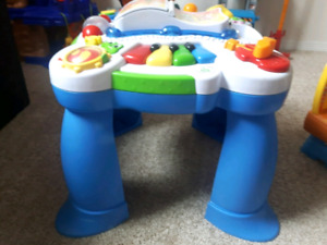 Learn and play tables