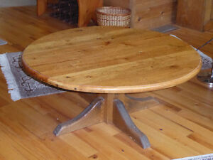 UNIQUE ROUND COFFEE TABLE