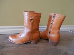 All leather Western men boots tan size 8