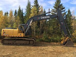 Excavatrice John Deere 160 LC