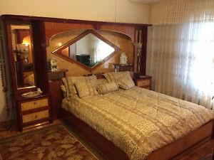 Chambre a coucher meubles dans grand montr al petites for Chambre a coucher kijiji montreal