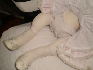 Adorable Hand Made Porcelain Baby Doll West Island Greater Montréal image 5