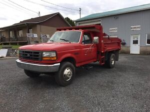 1995 Ford F Super Duty dompeur