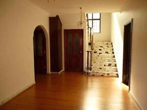 Cheap As Chips - Extra Large Room $260, $320 2 people Burwood Burwood Area Preview