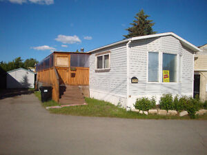 368 Trailer Mobile Home Edge of Park Huge Covered Private Deck