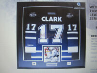 JERSEY-PIC FRAMING-LEAFS-WINTER-GOLD -NFL MONTREAL-ALL SPORTS