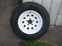 Trailer tire and rim New st 205/75/14