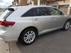 2013 Toyota Venza LE model, AWD, 64000 Kms.