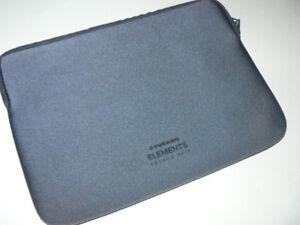 "Tucano Second Skin Elements For Macbook 12"" dark blue sleeve sec"