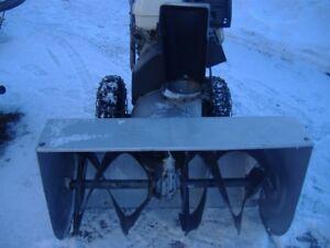 CRAFTSMAN SNOW-BLOWER (11hp.HONDA MOTOR)