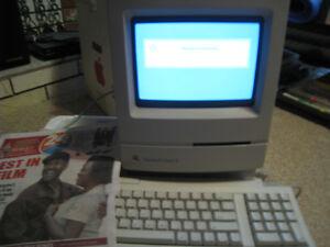 Apple Macintosh Classic II - Complete in Original Box