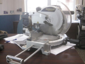 "Like new Mastercraft ""Hawkeye"" 10"" Compound Lazer Mitre Saw"