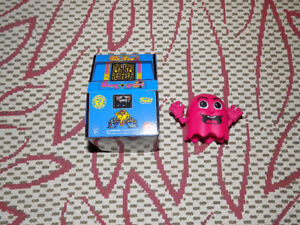 FUNKO, PINKY, MS. PAC-MAN, MYSTERY MINIS, RETRO VIDEO GAMES