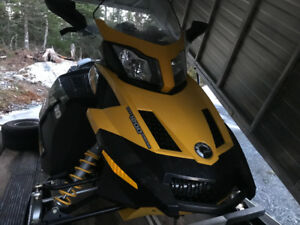 Skidoo and trailer for sale