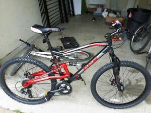 Ccm Apex adult mountain bike