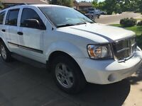2007 Dodge Durango SLT 4 x 4 (LEATHER)(REMOTE STARTER)