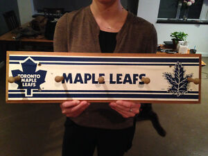 Maple leaf coat rack