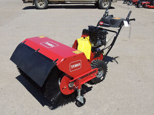 "2015 Toro Power Broom (38700) - 208cc Kohler, 36"" broom width"