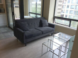 UNFURNISHED (Available June 2), 1 bdrm + 2 dens in Downtown