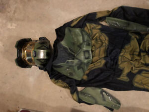 Halo costume fits adult small