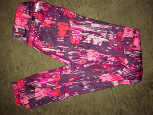 Ladys work out cloths London Ontario image 1