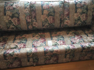 LOOKING FOR 3 SOFA CUSHIONS FOR THIS COUCH??