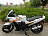 Kawasaki GPZ500S 2003 8k Classic sports tourer,Black NInja,suit A2 licence!