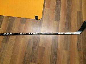 CCM vector hockey stick r hand