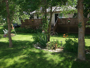 LAKEFRONT COTTAGE FOR SALE - Open House Aug 28th at 1:00