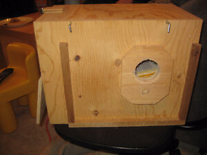 Small Bird Nesting Box