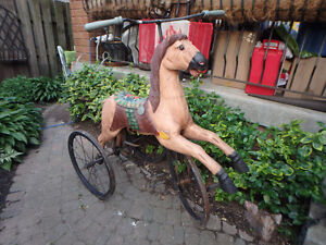 Decor WOODEN HORSE TRICYCLE (VELOCIPEDE)    yyuupp