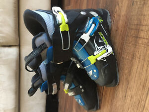 Ski boots for sale - youth size 6.5 and womens size 8.5