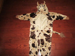 Halloween costume toddler 2/3 unisex cow costume Kitchener / Waterloo Kitchener Area image 1